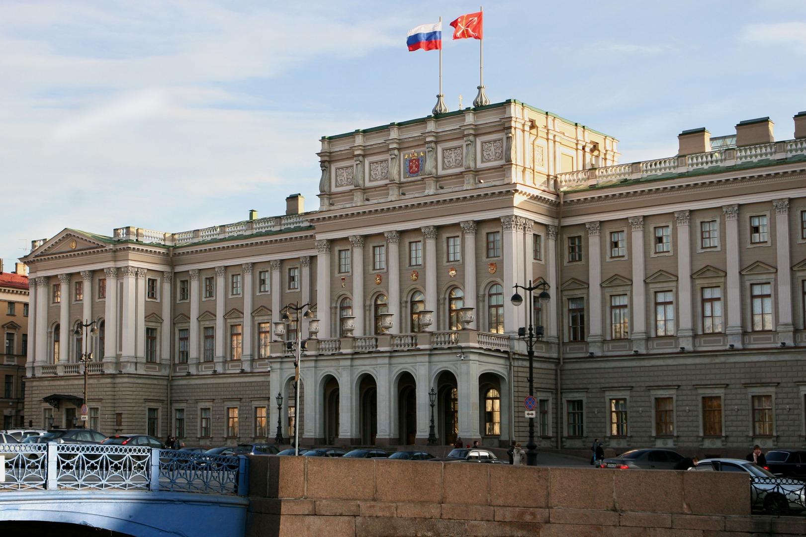 Евгений Ширманов за 1 день решил проблемы с парковкой у здания Законодательного собрания в Санкт-Петербурге.