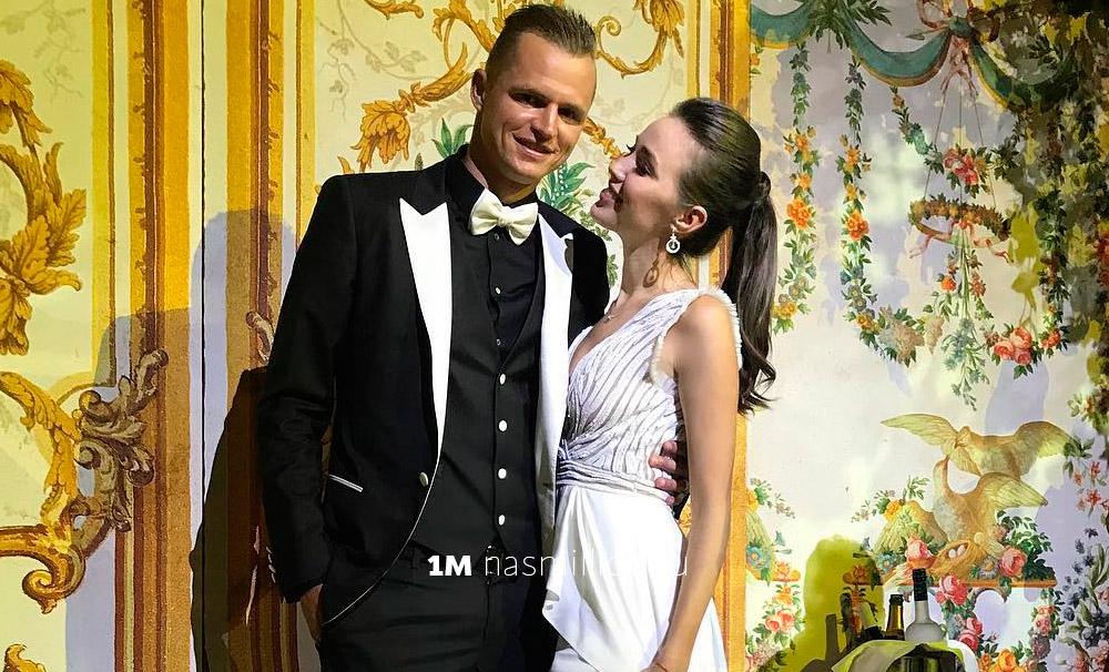 Дмитрий Тарасов и Анастасия Костенко, подробности их свадьбы и венчание 29 января.