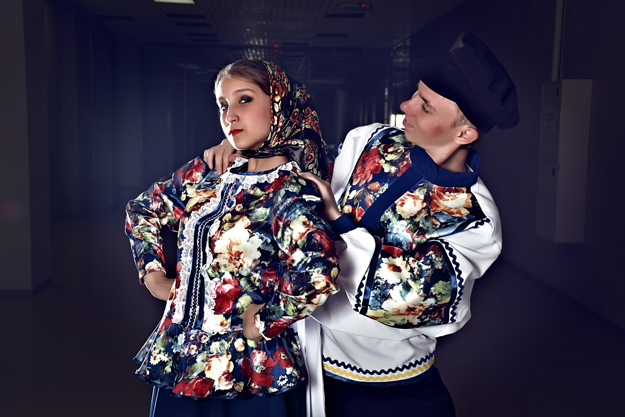 Канал Яндекс-Дзен о дизайне «Rusclothes.ru — Русский дизайн». Каталог каналов Яндекс-Дзен.