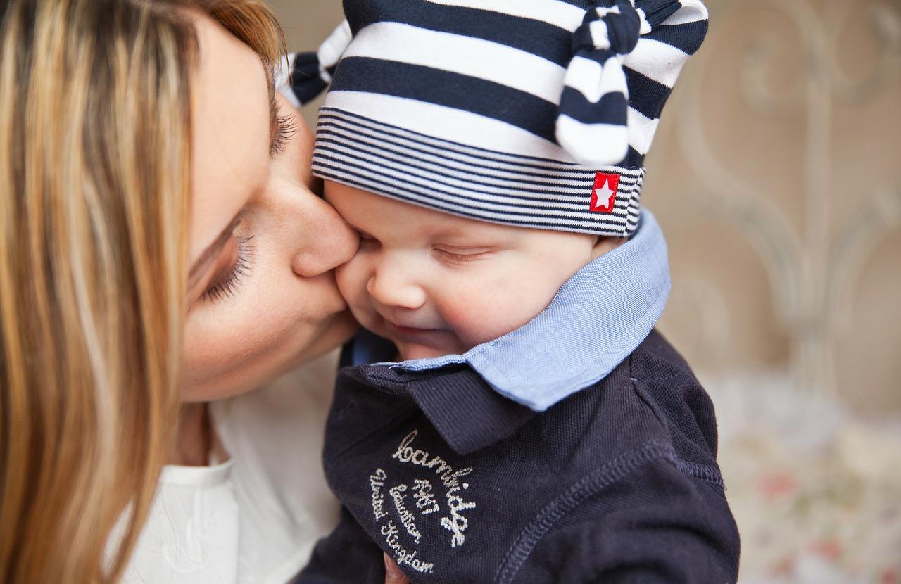 Канал Яндекс-Дзен для молодых родителей «Мама пишет». Каталог каналов Яндекс-Дзен
